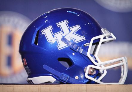 kentucky-football-helmet
